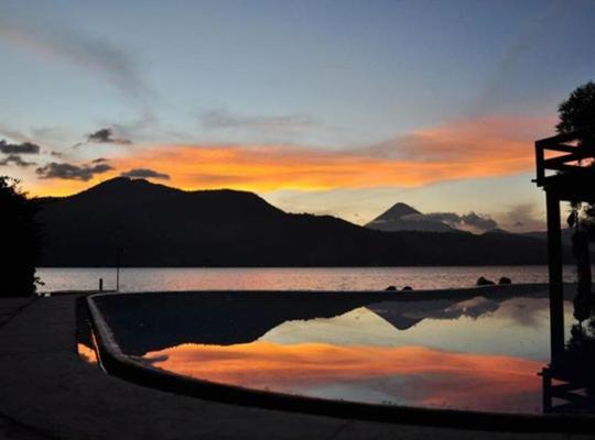 Hotel foto 's: Casa los Pinto - Amatitlan