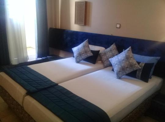 Хотел снимки: Hotel Batha