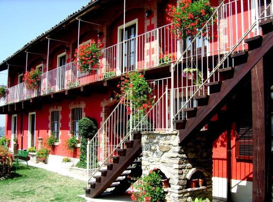 Otel fotoğrafları: Bricco Del Gallo