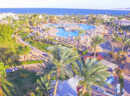 Viesnīcas bildes: Parrotel Beach Resort