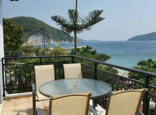 Képek: Exclusive sea view Beach House