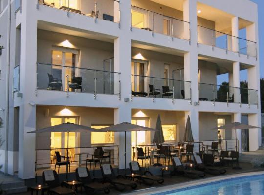 Hotel Valokuvat: Rooms Villa Oasiss