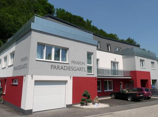 ホテルの写真: Frühstückspension Paradiesgartl