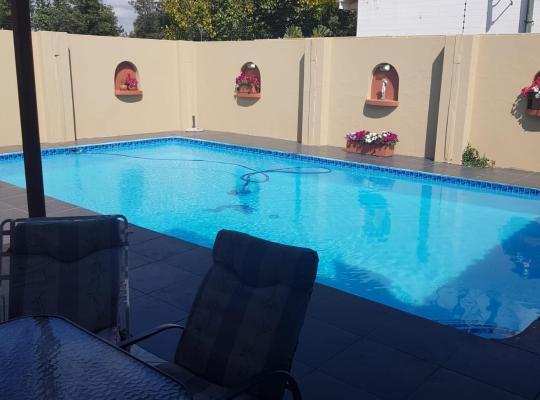 Hotel Valokuvat: Jolani 2 Guest House