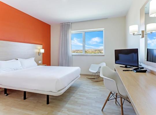 Фотографии гостиницы: B&B Hotel Madrid Las Rozas