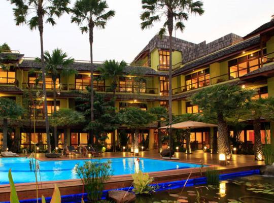 Хотел снимки: VC@Suanpaak Boutique Hotel & Service Apartment