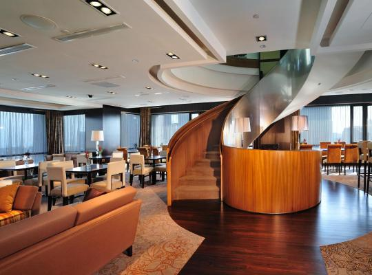Fotos do Hotel: Peninsula Excelsior Hotel