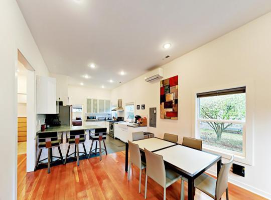 Fotos de Hotel: 3528 SW 98th Street Home