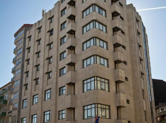Otel fotoğrafları: Aparthotel Arenteiro
