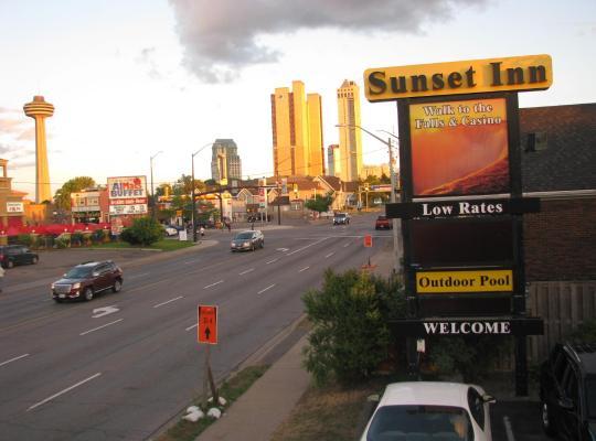 Viesnīcas bildes: Sunset Inn