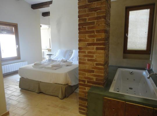 Foto dell'hotel: Hotel Rural Cal Torner Adults Only