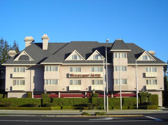 Fotos de Hotel: Woodcrest Hotel