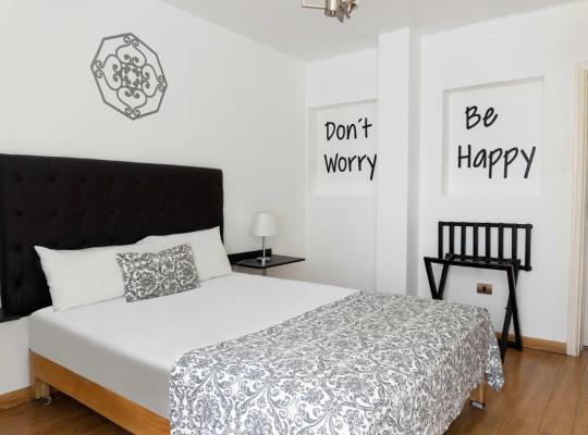 Хотел снимки: Hotel Basadre Suites