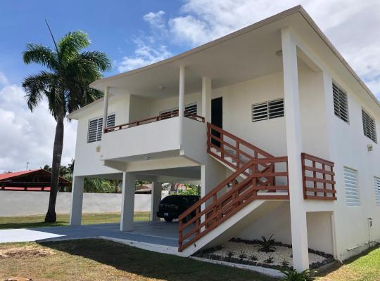 Hotel photos: Villa La Isla Dorado 3 Bedroom 1 Bathroom House