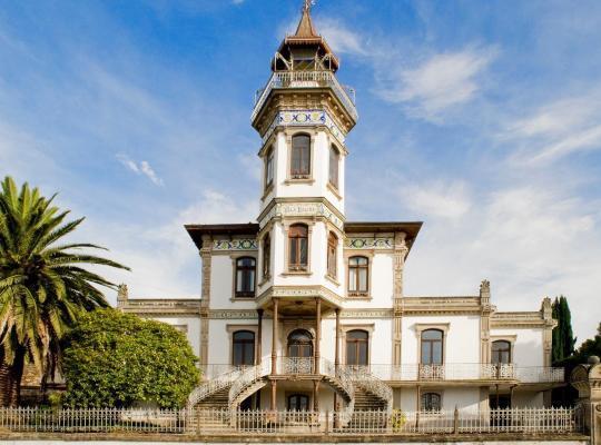Otel fotoğrafları: Palacete Villa Idalina