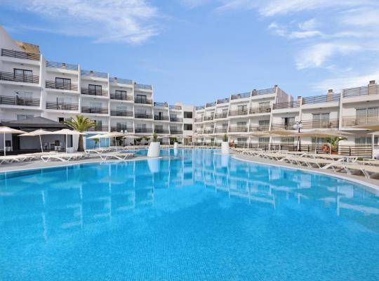 Φωτογραφίες του ξενοδοχείου: Palmanova Suites by TRH