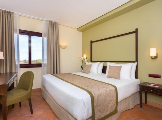 Hotel photos: Exe Layos Golf