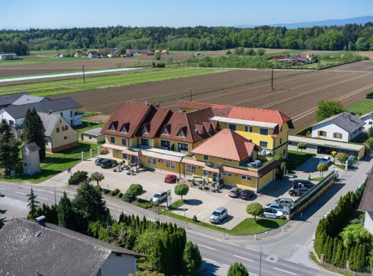 Zdjęcia obiektu: Hotel Restaurant Schachenwald