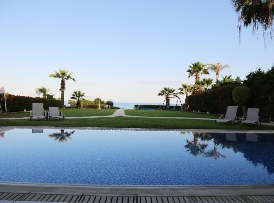 Hotel photos: Ionion Beachfront Villa