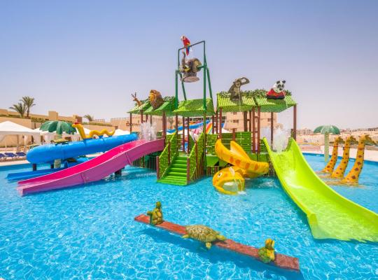 ホテルの写真: Sunny Days Mirette Family Resort