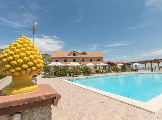 Fotos do Hotel: Pigna D'Oro Country Hotel