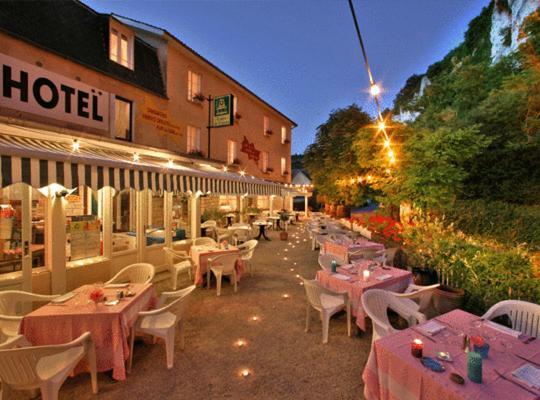 酒店照片: Hôtel Brasserie Lacave