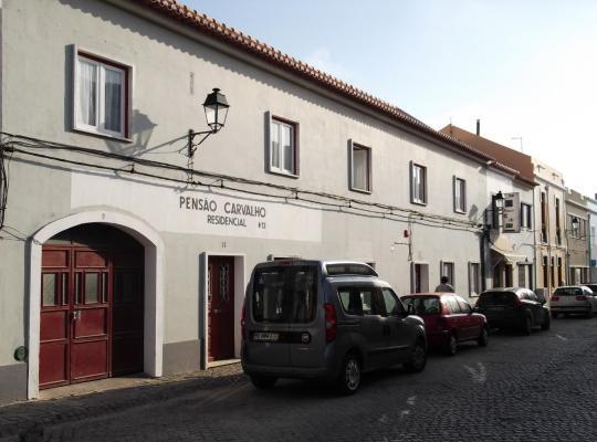 Φωτογραφίες του ξενοδοχείου: Residencial Carvalho