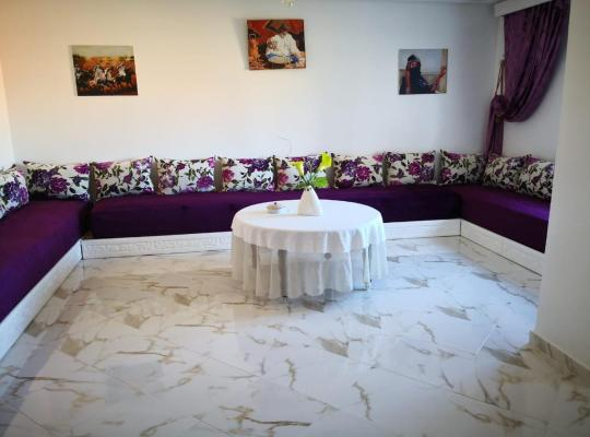 호텔 사진: Casa muy ideal para vacaciones en pleno centro de larache zona muy bien comunicada muy tranquila