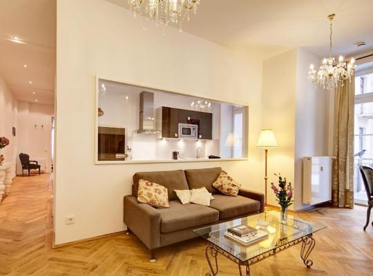 Фотографії готелю: Mellizos apartment