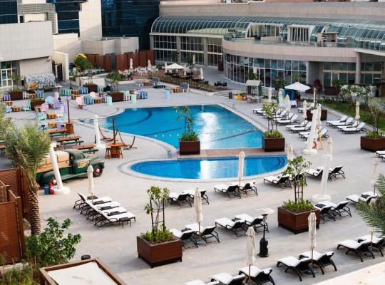Fotos do Hotel: Al Ain Palace Hotel Abu Dhabi