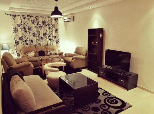 Otel fotoğrafları: Appartement meublé à Kenitra