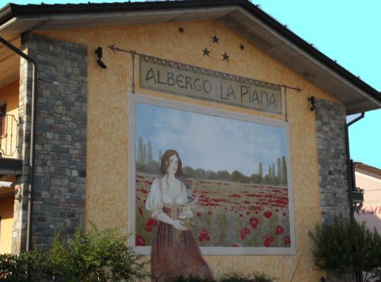 Képek: Albergo La Piana
