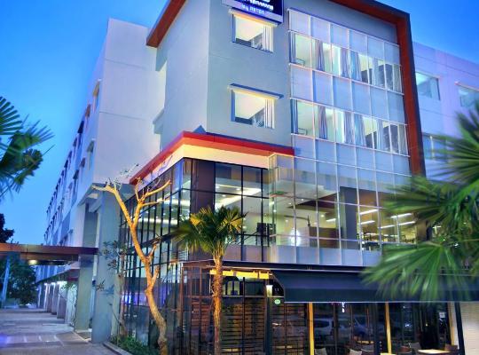 酒店照片: Hotel Neo Candi Simpang Lima - Semarang by ASTON
