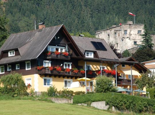 ホテルの写真: Familienappartements Sommereck