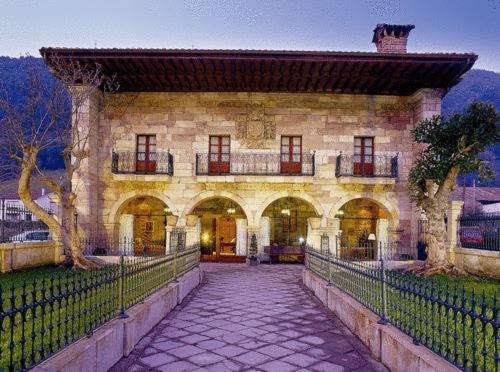 Képek: Hotel Palacio Guevara