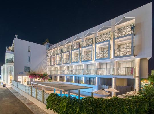 Hotel Valokuvat: Alia Beach Hotel