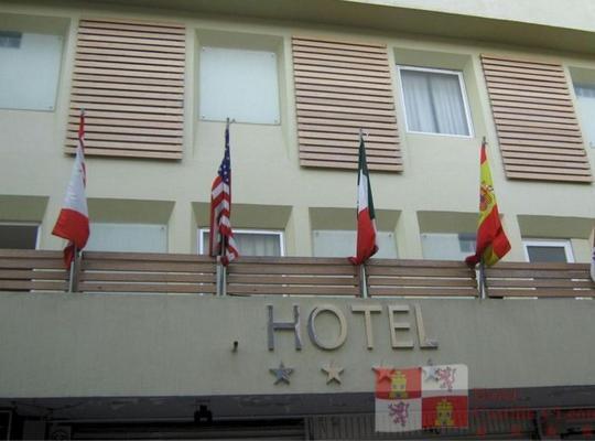Φωτογραφίες του ξενοδοχείου: Hotel Castilla y Leon