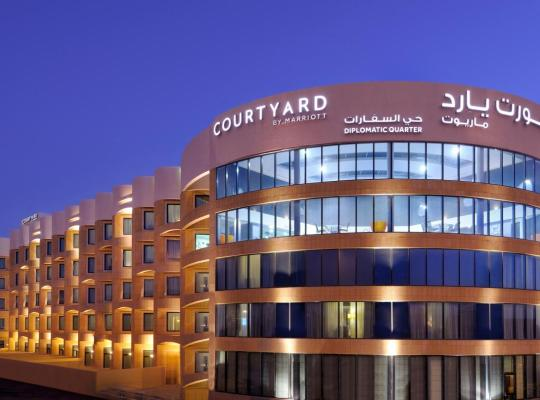 Hotel bilder: Courtyard Riyadh by Marriott Diplomatic Quarter