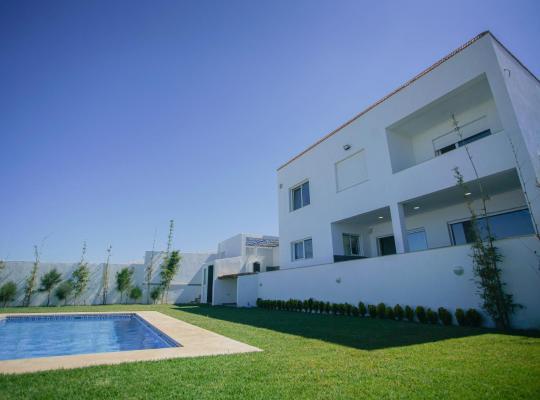 Hotel fotografií: Villas Tanger Somptueuses villas sans vis à vis