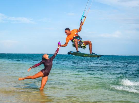 Fotos de Hotel: Buen Hombre Kite Camping / Hotel