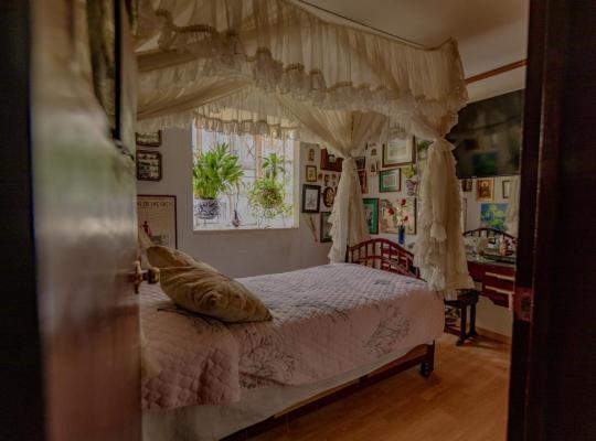 Foto dell'hotel: Piso con habitaciones privadas y área común