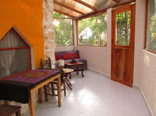Hotel foto 's: Organic Yoga Mexico