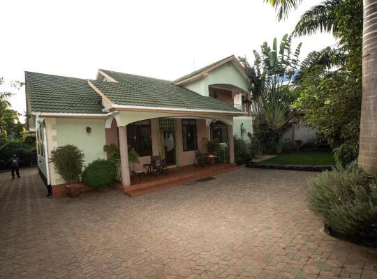 Hotel bilder: Korona House
