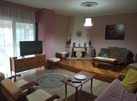 Foto dell'hotel: Sea front penthouse apartment