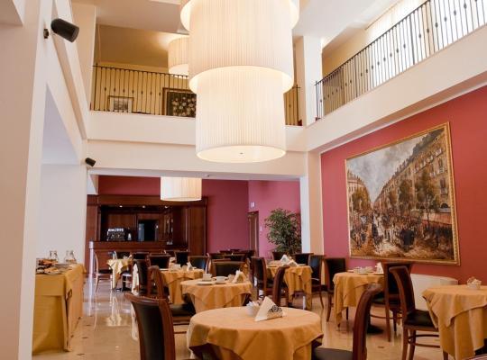 Фотографии гостиницы: Hotel Maxim