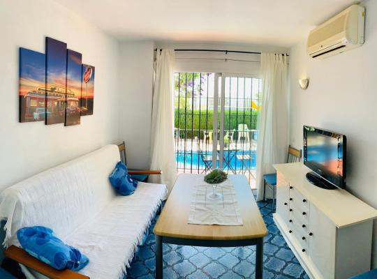 Фотографії готелю: Encantador apartamento con piscina