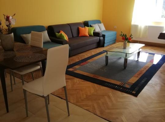 Fotos de Hotel: Tokaji Lux Apartman