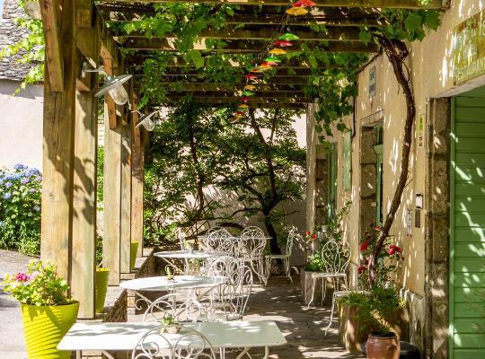 酒店照片: Logis Auberge du Fel