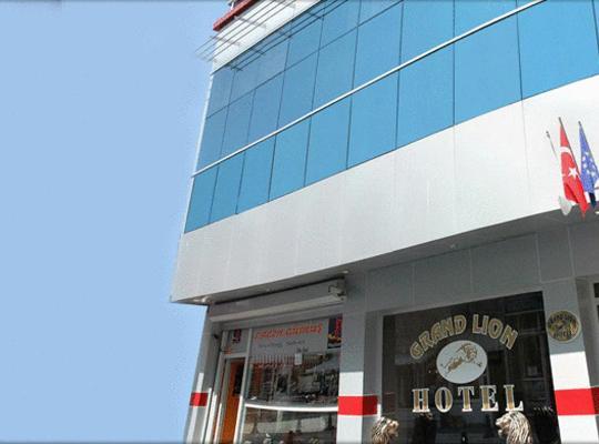 Otel fotoğrafları: Grand Lion Hotel