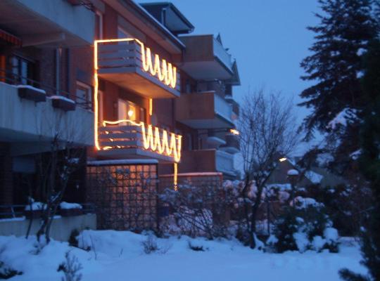 होटल तस्वीरें: Gästehaus Holzheim
